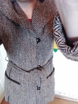 Отдается в дар «Пальто женское 44»