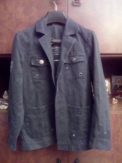 Отдается в дар «Куртка-пиджак для мальчика рост 122 см»