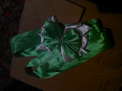 Отдается в дар «Лента на выписку или просто для девочки»