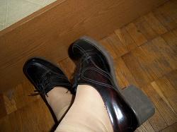 Отдается в дар «Туфли лакированные, размер 38, не ношенные.»