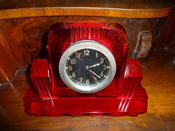 Отдается в дар «Часы-будильник ретро»