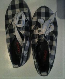 Отдается в дар «Туфли текстильные размер 36»