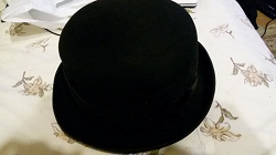 Отдается в дар «черная шляпка»