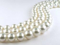 Отдается в дар «Блузка серебристого цвета 42-44»