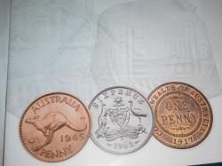 Отдается в дар «2 брошюры Центрального Австралийского Банка»