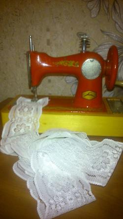 Отдается в дар «Детская швейная машинка»