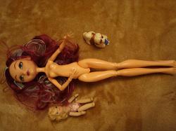 Отдается в дар «Куклы и кукольные головы»
