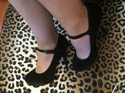 Отдается в дар «Туфли женские. Размер 38,5»