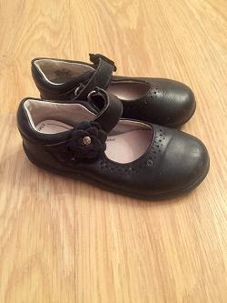 Отдается в дар «Туфли черные р. 25»