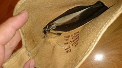 Отдается в дар «женская обувь размер 38-38,5»
