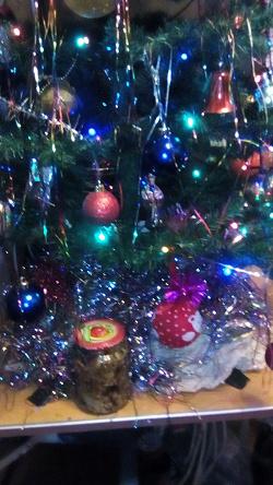 Отдается в дар «Закусон к новогоднему столу.»