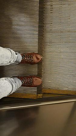 Отдается в дар «Обувь 37 размера.»