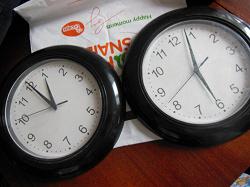 Отдается в дар «Часы из Икеа, 2 шт»