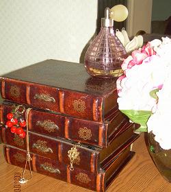 Отдается в дар «Шкатулка с ящиками»