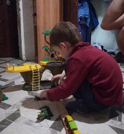 Отдается в дар «Набор игра для детей Джунгли»