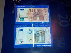 Отдается в дар «Брошюры про банкноты, карточки-переливашки, плакаты»
