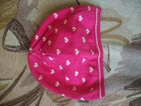 Отдается в дар Детские шапочки и вещи
