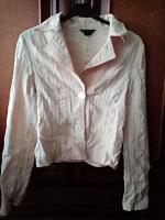 Отдается в дар Пиджак, персикового цвета на пуговицах, есть карманы, 38-40 р., х/б