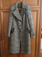Отдается в дар Пальто 50 размер