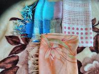 Отдается в дар Лёгкие шарфики