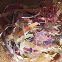 Отдается в дар Ленты разные обрезы для творчества, шитья, рукоделия