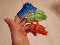 Отдается в дар Игрушки на пальцы динозавры