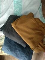 Отдается в дар одежда для дачи(дома)