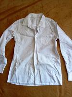 Отдается в дар Белая рубашка и майка