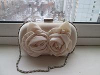 Отдается в дар маленькая женская сумочка