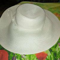 Отдается в дар Белая шляпа. Летняя. Женская.
