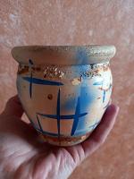 Отдается в дар Горшок для цветов керамика