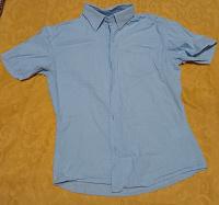 Отдается в дар Школьные рубашки и брюки на 8 — 10 лет