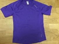 Отдается в дар Спортивная футболка 143-152 Декатлон