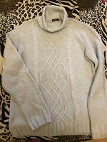 Отдается в дар Мужской свитер М-ка