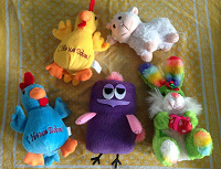 Отдается в дар Детские игрушки и памперсы