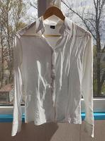 Отдается в дар Женская блузка 40-42