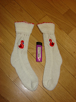 Отдается в дар Белые носки с лебедями