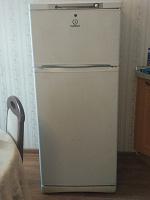 Отдается в дар Холодильник Indesit ST 145