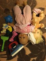 Отдается в дар Куклы и пластиковые игрушечки