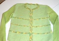 Отдается в дар Кофта вязаная для девочки 134-140.