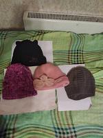 Отдается в дар шапки девочке
