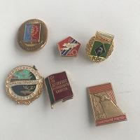 Отдается в дар 6 значков периода СССР