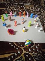 Отдается в дар прилипаллы и игрушки