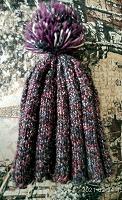 Отдается в дар Передаривается одна шапка женская