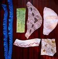 Отдается в дар Нашивки для декорирования одежды и рукоделия