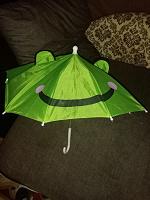 Отдается в дар детский зонтик на запчасти