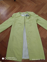 Отдается в дар летнее пальто 46