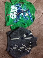 Отдается в дар Теплый свитер и футболка с рукавом на 5-6 лет