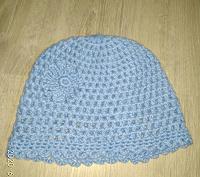 Отдается в дар Вязаная шапочка для девочки