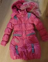 Отдается в дар Утепленное пальто для девочки